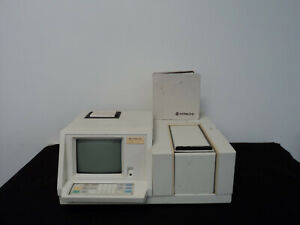 Hitachi U 2000 Uv Spectrophotometer W Built in Computer Manual