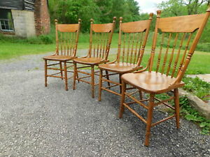 4 Antique C1900 Primitive Solid Oak Bentwood Spindle Back Country Dining Chairs