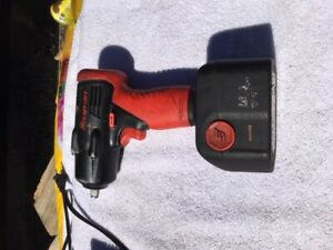 Snap On Ct4410 14 4v 3 8 Drive Cordless Impact Wrench Ctc620 Charger