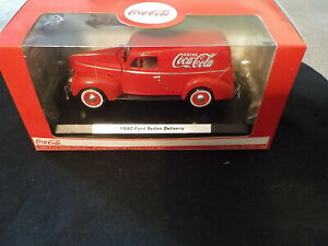 Coca-Cola 1940 Ford Sedan Delivery New in Box 1:24 scale Motor City Classics