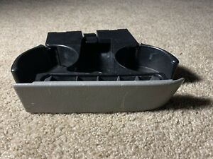 1996 2000 Dodge Caravan Town Country Pull Out Center Cup Holder Light Grey