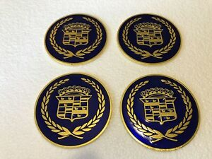 Lowrider hydraulics wire Wheel Knock Off Candy Blue And Gold Cadillac Chip 4pc