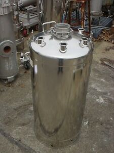 33 Gallon 316l Stainless Steel Pressure Tank 98 Psi