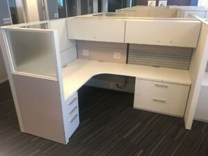 Nice Fully Loaded Haworth 6 x8 Office Cubicles Workstations glass