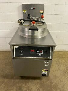Bki Autolift Pressure Fryer Model Fkm F With Filtration Tested 208 3 Phase