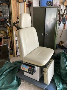 Midmark 411 Super Exam Chair delivery Possible