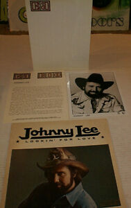 Johnny Lee Press Kit amp; Lookin For Love Promotional Lp Record 1980 $50.00