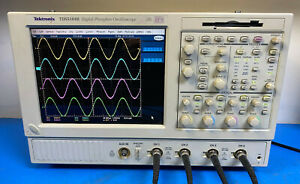 Tektronix Tds5104b 4 Channel 1 Ghz 5gs s Digital Oscilloscope