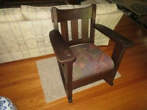Charles Stickley Arm Rocker Arts And Crafts Style Mission Oak Rocking Chair