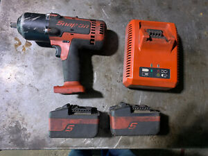Snap On 1 2 Impact Ct8850 2 Batteries And Charger