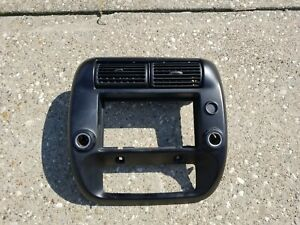 95 11 Ford Ranger Radio Dash Trim Bezel Center Vents Black Oem