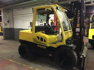 2014 Hyster Diesel 10 000 Lb Solid Pneumatic Forklift With Triple Mast