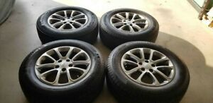 Jeep Grand Cherokee Set Of 4 Each Oem 18 Inch Wheels With Tires