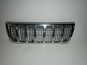 Jeep Grand Cherokee Wj 99 03 Oem Front Grill Grille Silver Chrome