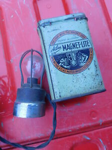 Vintage Atlas Magnetic Trouble Light Travel Emergency With Case