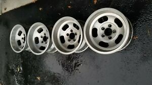 Vintage 15x8 5 Slot Mag Wheel 5on5 Chevy Van Truck Full Size Ford Chevy Car Gm