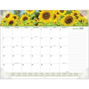 At a glance Panoramic Floral Image Monthly Desk Pad aag 89805 aag89805