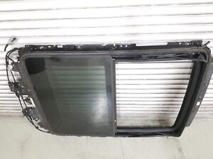 10 16 Cadillac Srx Panoramic Roof Sunroof Track Frame W Rear Glass Motor Used