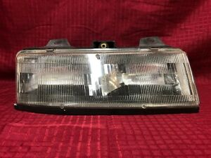 1990 1991 1992 1992 1994 1995 1996 Chevrolet Corsica Right Headlight Lamp