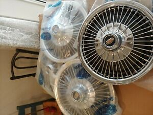 Cougar Or Mustang Wire Wheel Covers Set Of 4 Very Nice Condition