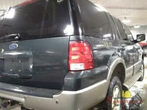 2004 Ford Expedition Rear Door Glass Right