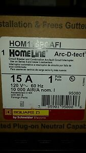 10 Square D Homeline 15amp Combination Arc Fault Breakers With Plug On Neutral