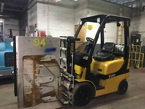 2013 Yale 3000 Lb Solid Pneumatic Forklift With Carton Clamp Max Lift Ht 80 Inch