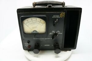 1950 s Hickok Model 136 Vacuum Tube Volt Ohm Multimeter as Is Parts Only