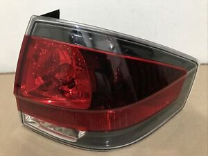 2008 2009 2010 2011 Ford Focus Sedan Passenger Rh Side Tail Light Oem Tinted