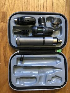 Welch Allyn Diagnostic Set 97200 Mc Macroview Ophthalmoscope Otoscope