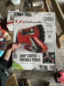 Schumacher Electric Sl1316 1000 Peak Amp Lithium Ion Jump Starter Portable Power
