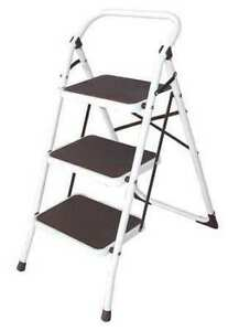 Zoro Select 12m627 3 Steps Steel Step Stool 300 Lb Load Capacity White