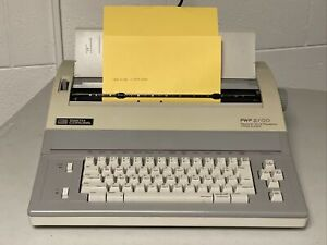 Vintage Smith Corona Pwp 3700 Personal Word Processor Office System Model Works