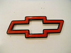 Chevy Red And Black Bowtie Emblem 22591877