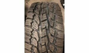Toyo Open Country At2 All terrain Radial Tire 305 55r20 121s