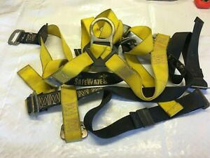 Safewaze Fall Protection Body Harness With Lanyard 209512 Universal Size 310lbs