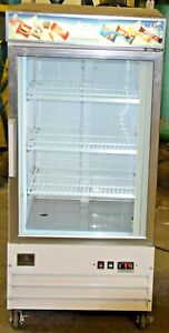 Kelvinator Freezer Kccm9fw Single Glass Door Reach In 9cu ft Merchandiser 7 Unit