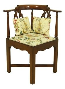 52197ec Hickory Chair Co Chippendale Mahogany Corner Chair