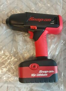 Snap On 1 2 18 Volt Impact Wrench Set With Battery Charger Case Ct6850 New