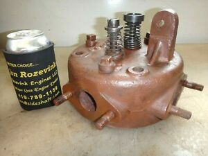 Head For A 2hp Vertical Ihc Famous Or Titan Hit And Miss Old Gas Engine G1038