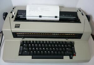 Ibm Self Correcting Selectric Iii Electric Typewriter W Dust Cover Works