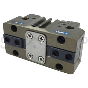 New In Box Schunk 0371080 Pgn 40 Robotic Pneumatic Grippers