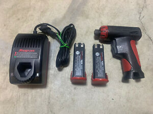 Snap On Cts561cl 7 2v Screwdriver Driver Drill 2 Nicd Battery And Charger Used
