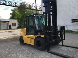 2015 Hyundai 15 500 Pneumatic Tire Forklift With Heat And Air 8 Foot Forks