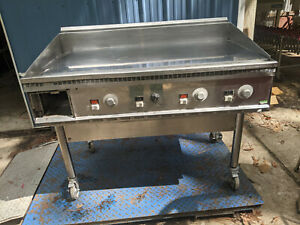 Keating Chrome Top Commercial Grill 230 Volts 1 Or 3 Phase