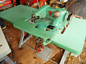 United States Blind Stitch Industrial Sewing Machine Mod 718 pr With Table