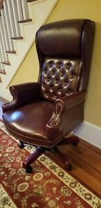Executive Quality Wooden Leather Office Chair