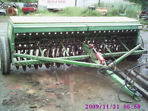 John Deer 8350 Grain Drill With Grass Seeder Att Single Disc 24 H One Owner