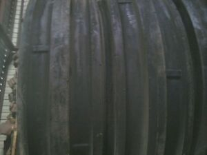 Two 9 5lx15 9 5l 15 Triple Rib Front Tractor Tires With Tubes 8 Ply