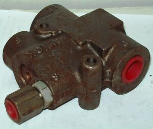 Fawick Hydraulic Flow Divider Valve 131084 010
